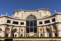 论坛购物在凯撒宫在拉斯维加斯, 8月11日的NV, 免版税库存照片