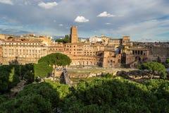 论坛trajan罗马s的traiani 库存图片