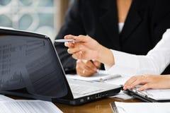 论述办公室妇女 免版税图库摄影