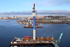 建设中的桥梁的顶视图,临时technologic 免版税库存照片