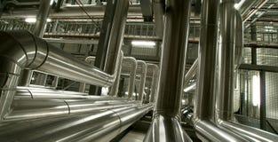 设备、缆绳和管道系统 免版税库存图片