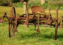 设备农场生锈了 免版税库存照片