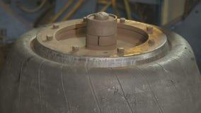 设备膨胀橡胶物质形成的轮胎特写镜头 股票录像