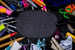 设备辅助部件或工具为教育在学校 库存图片