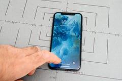 设定在iPhone x 10个app打开屏幕的应用软件 免版税库存照片
