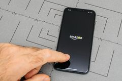 设定在iPhone x 10个app应用软件亚马逊最初Vide 库存照片