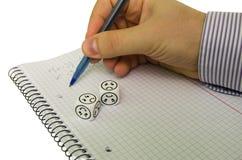 设法的学生解决数学等式,不用成功 图库摄影