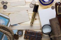 设置一个寻宝和一个旅客 免版税库存照片