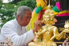 设置一座新的寺庙的婆罗门 库存照片