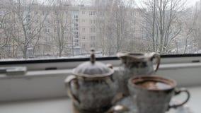设置为咖啡在窗口4K录影 股票录像