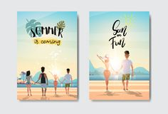 设置人握手的妇女夫妇看日出背面图暑假海滩徽章设计标签 字法为 向量例证