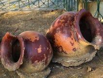 设置古色古香的黏土瓶子 免版税图库摄影