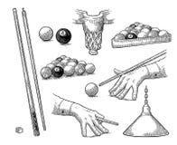 设置台球 棍子、球、白垩、口袋和灯 葡萄酒黑板刻 库存图片