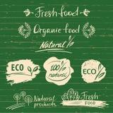 设置商标,与自然新鲜食品剪影设计的标签 有机 免版税库存照片