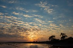 设置在Chobe河的太阳 库存照片