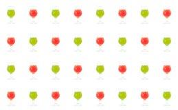设置多彩多姿的玻璃用明亮的鸡尾酒红色绿色鸡尾酒混合另外成份糖浆果子糖浆龙舌兰酒杜松子酒 免版税库存图片