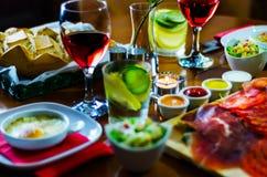 设置用在小部分,健康和del的不同的开胃菜 库存图片