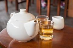 设置表茶木 免版税库存图片