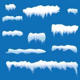 设置雪冰柱,被隔绝的雪盖帽 在冬天背景的斯诺伊元素 在动画片样式的传染媒介模板 向量例证