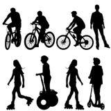 设置骑自行车者的剪影。导航例证。 免版税图库摄影