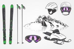 设置滑雪俱乐部队 山和室外冒险 免版税库存照片
