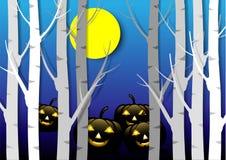 设计万圣夜背景 与月亮的鬼的南瓜和坟园的黑暗的森林 皇族释放例证