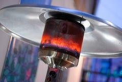 设计不锈钢金属气体燃烧的室内露台加热器 免版税库存照片