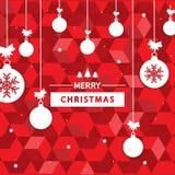 设计与圣诞节球的圣诞节红色背景与圣诞快乐字符 免版税库存图片