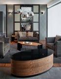 设计典雅的内部生存豪华空间 免版税库存图片