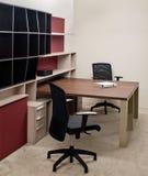 设计典雅的内部豪华办公室 免版税库存照片
