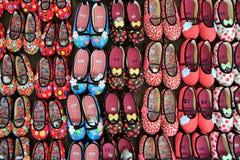 设计可爱的鞋子 免版税库存照片