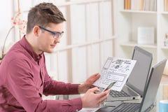 设计员工作 免版税库存照片