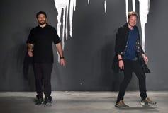 设计师约书亚木桶匠和洛朗斯杂货商出席Rochambeau -跑道 库存图片
