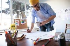 设计演播室建筑师创造性的职业图纸概念 免版税库存照片