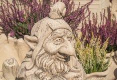 设计黏土庭院的一个雕塑  库存图片