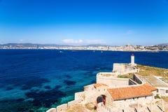 设防和灯塔在海岛上,如果 在背景中,马赛,法国 免版税库存图片