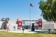 访客中心和奥林匹克圣火大锅奥林匹克培训中心的 图库摄影