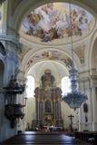 访问圣母玛丽亚,地方朝圣, Hejnice,捷克的巴洛克式的大教堂内部  图库摄影