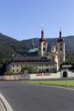 访问圣母玛丽亚,地方朝圣, Hejnice,捷克的巴洛克式的大教堂 库存照片