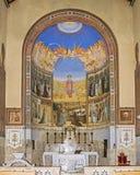 访问教会法坛在耶路撒冷附近的 免版税库存图片