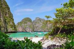 访问玛雅人的游人咆哮, Ko发埃发埃李, Krabi,泰国 图库摄影