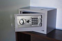 证券金属安全 库存图片