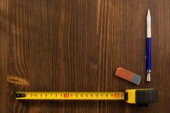 评定铅笔磁带木头 图库摄影