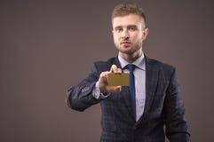 诉讼的英俊的人 免版税库存图片