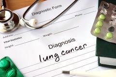 诊断肺癌和药片 库存图片
