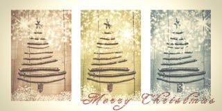 词在多雪的三张相联写的圣诞快乐在褐色,绿色 免版税库存图片