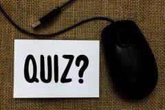 词文字文本测验问题 企业概念简称测试评估考试定量mous您的知识USB的缆绳 库存图片