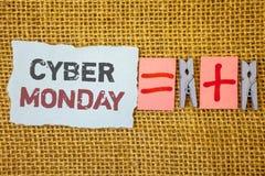 词文字文本网络星期一 特殊的拍卖的企业概念在黑星期五网上购物电子商务以后 免版税库存图片