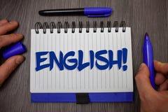 词文字文本英国诱导电话 与英国相关的企业概念它的人民或他们的语言人举行holdin 免版税图库摄影