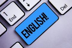 词文字文本英国诱导电话 与英国相关的企业概念它的人民或他们的语言键盘蓝色k 免版税图库摄影